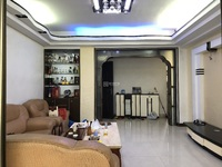尚堤中央一期对面 3房2厅 装修雅 阳光充足 出入方便