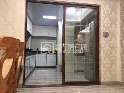 万泰城成熟园区 精品小户型 精装修带家私电 售110万