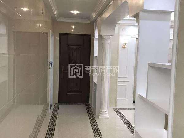 普宁广场西陇西华园 168平4房 现代简欧精装带家私 未拜神未入住