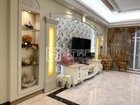 万泰城220多平稀缺5房2厅园心套,精装修带家私家电齐全带子母车位,开价282万