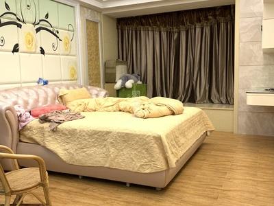 万泰城,220多平,稀缺五房二厅,园心套,豪华高质量装修,配套豪华全套家私家电!