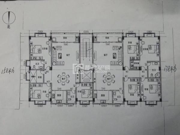军屯自建楼出售交通方便电梯楼房三面采光,无暗房,四房二厅,158平方,178平方