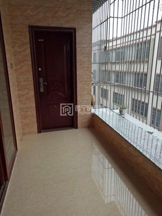 斗文中学附近运动梯8楼110平3房2厅精装修带家私家电齐全仅售30万律师见证手续