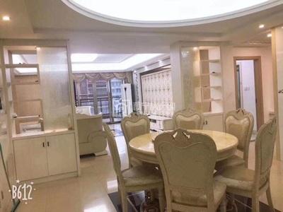 尚堤中央,F憧,四房二厅二卫,欧式装修,158平,带个大露台60平左右可二手按揭