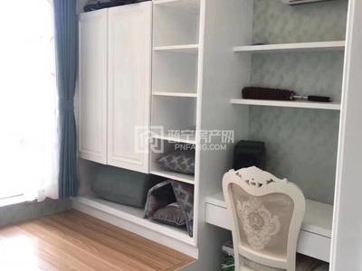 亏本出售新华城7栋4房2厅欧式未拜神家私家电全齐132万