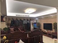 江景新城 雅楼层 五房两厅 精装修 带家私家电 带车位