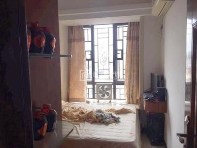 出售尚东一品4室2厅2卫150平米138万住宅