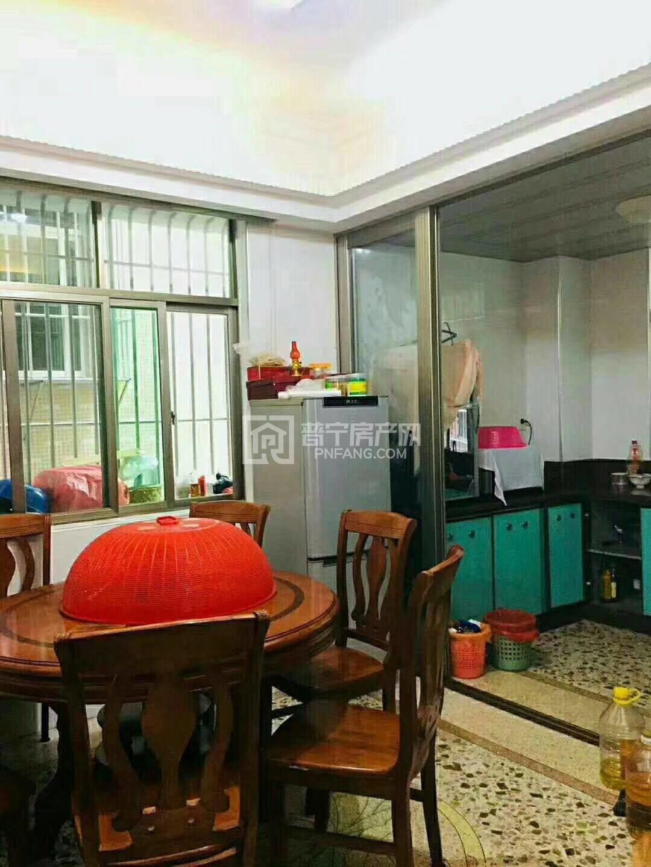 出售其他小区 —— 平湖村3室2厅2卫102平米36万住宅