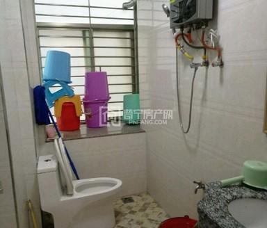 南园哈美幼儿园旁 103平3房 精装带家私电 配备煤气管道 配套设施成熟出入方便