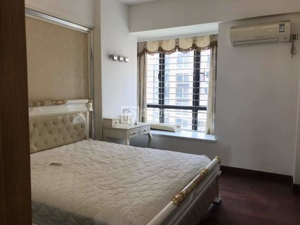中信华府成熟园区 3房雅楼层室内装修新新带家私电 房产证满五惟一税费低
